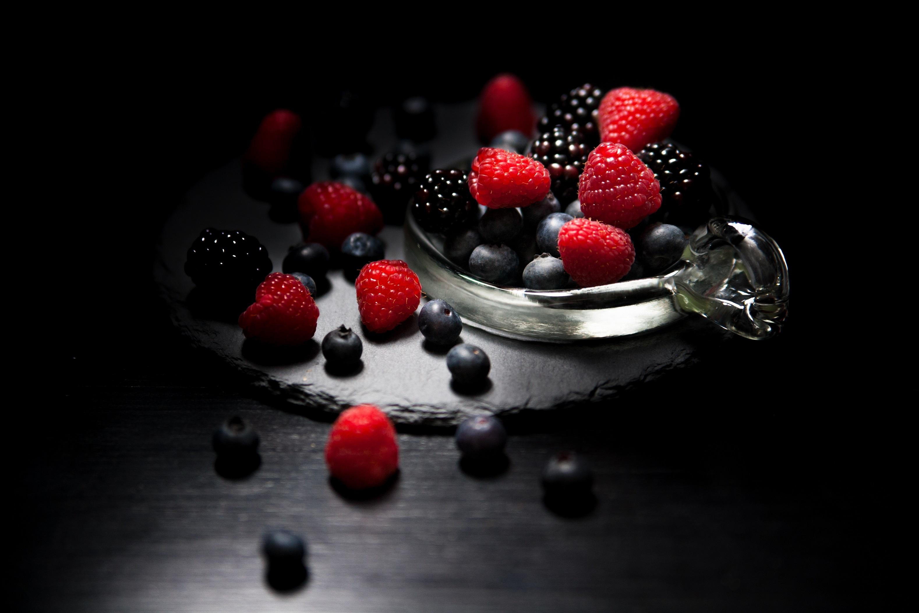 Картинки на телефон гламурные черные с красным ягоды