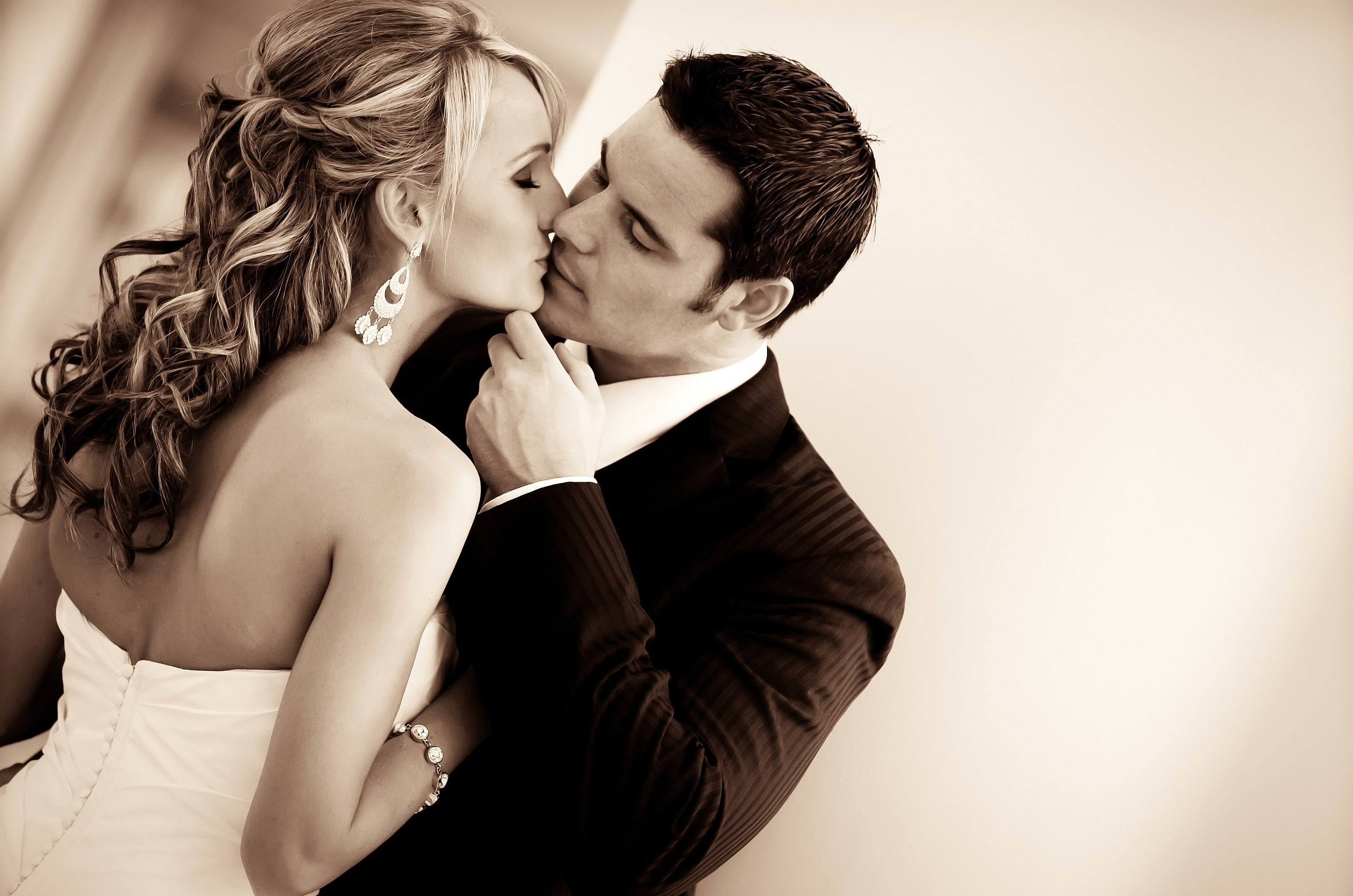 Картинки поцелуев романтики