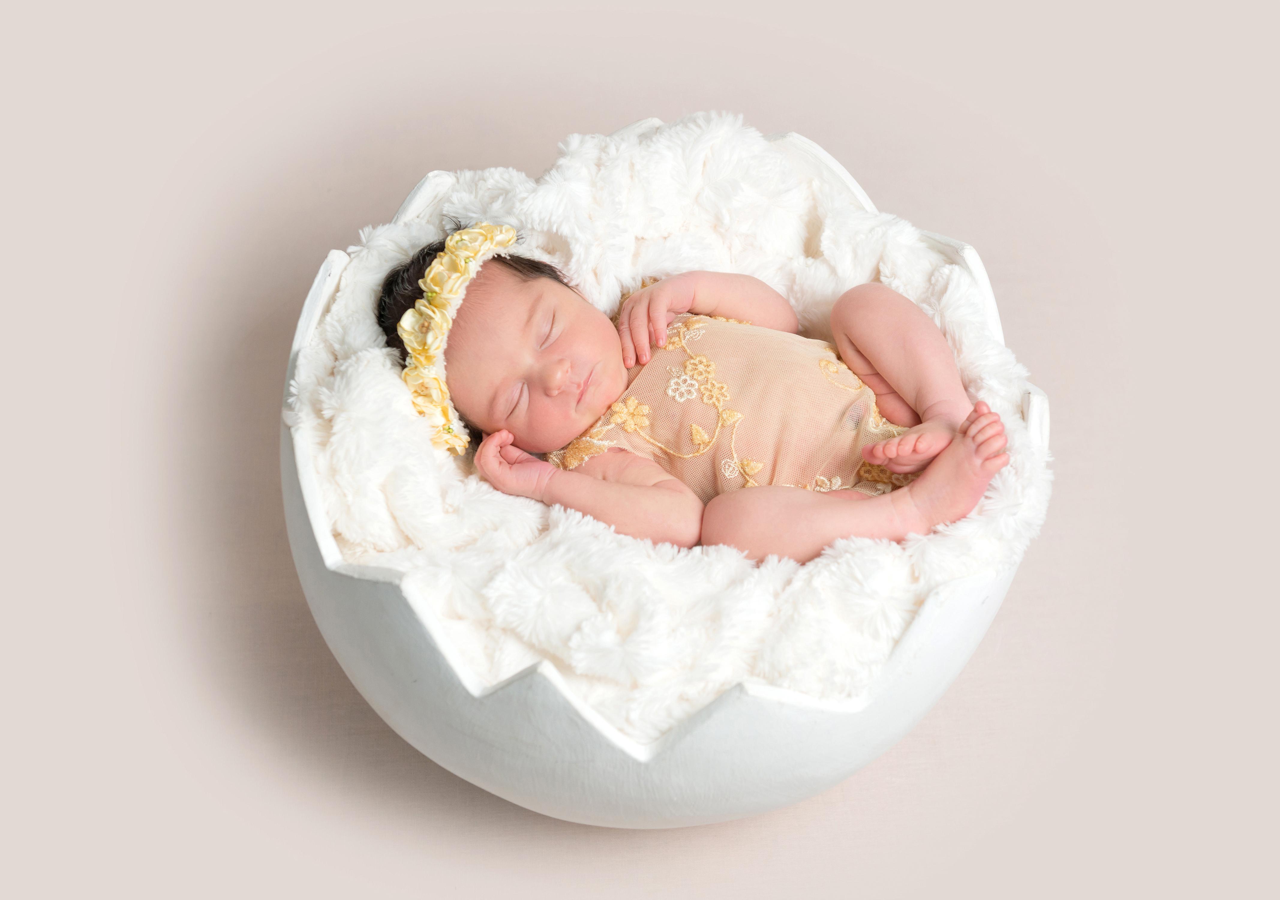 Что если приснился маленький маленький младенец