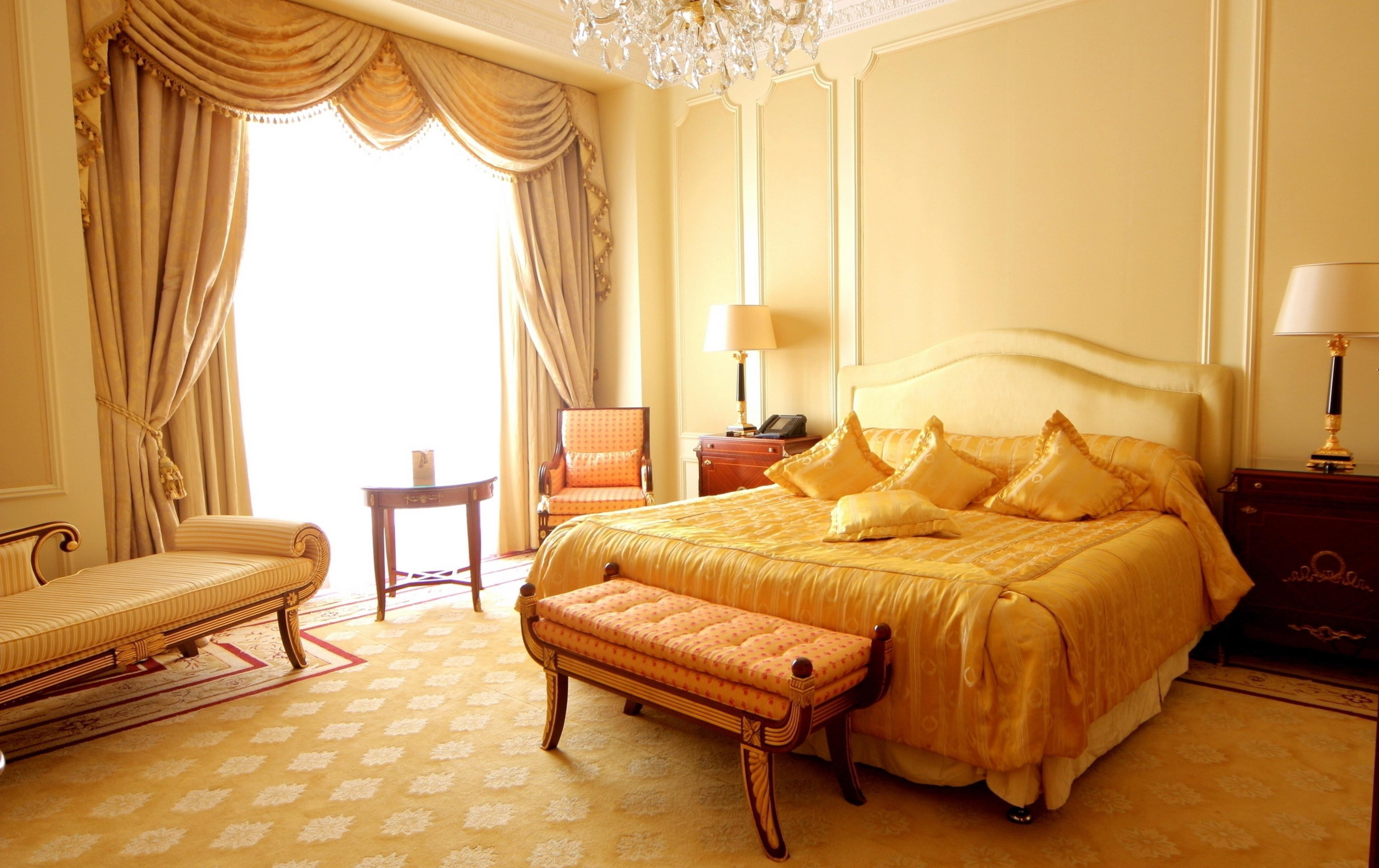 Дизайн спальни с кроватью и диваном фото орудовать зубной