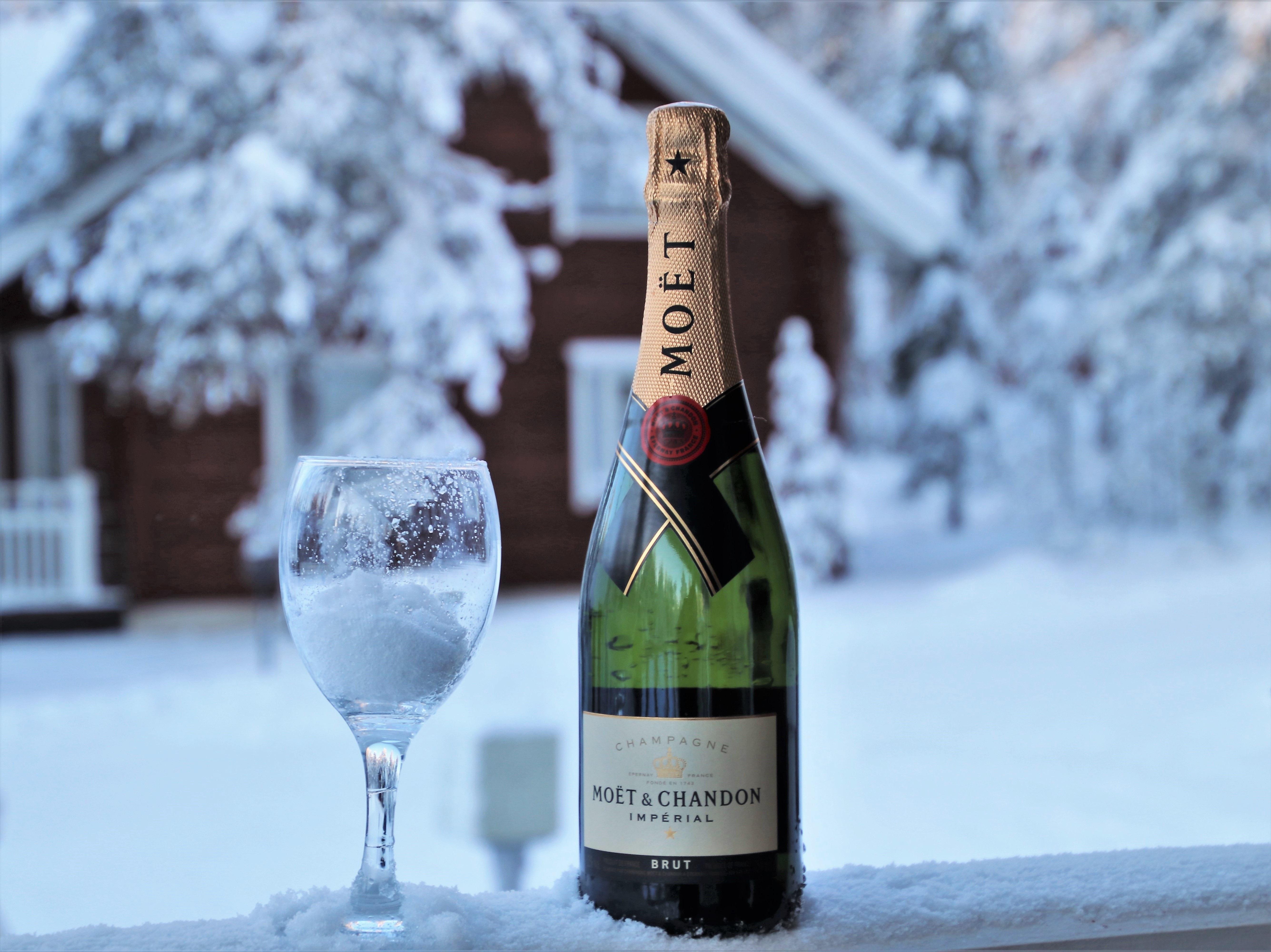 недавнем шампанское в снегу картинки высокую урожайность, отличные
