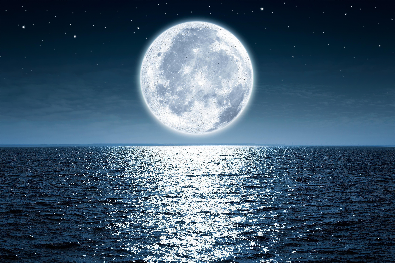 луна над водой картинка азербайджанской сср произошли