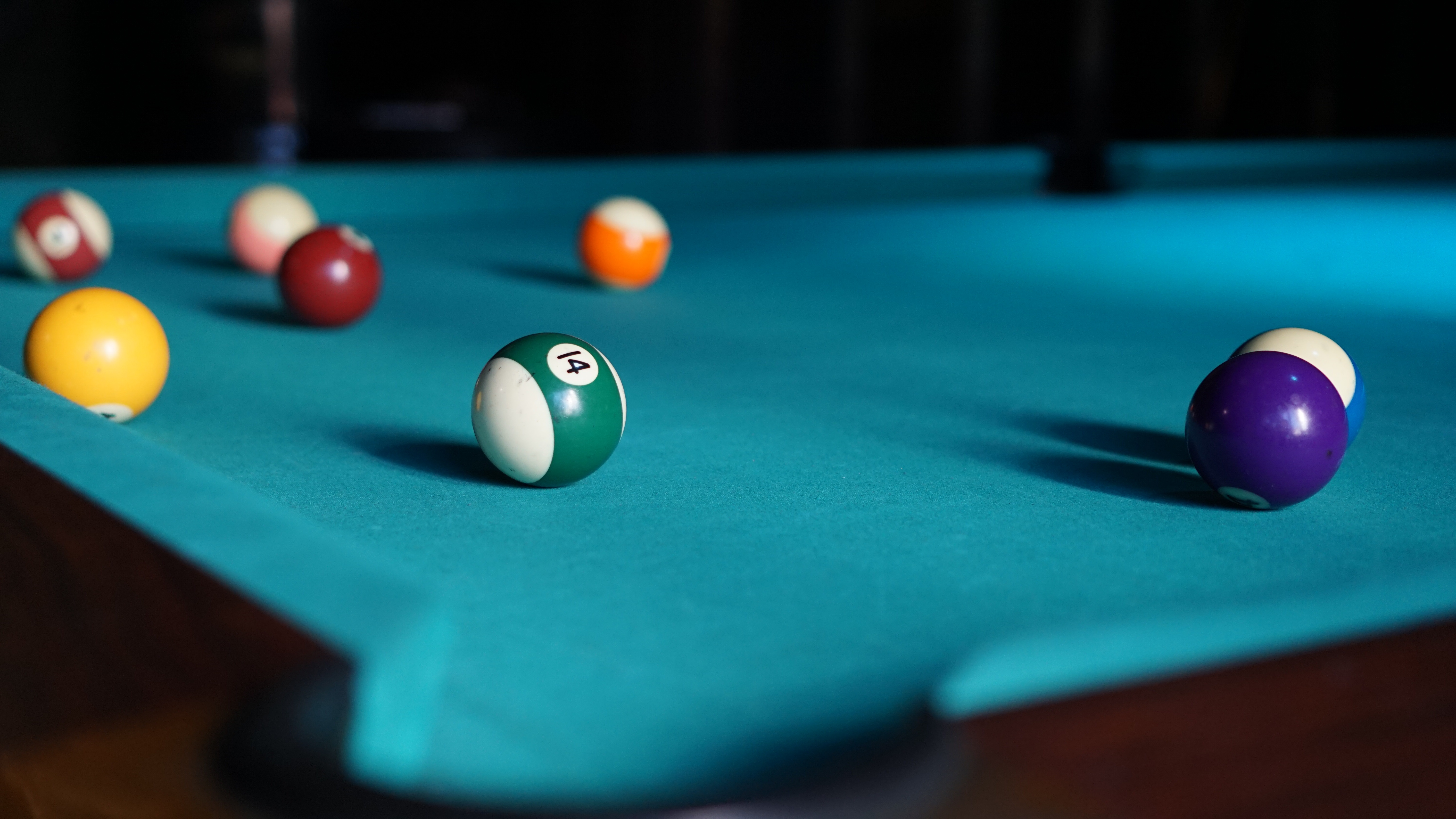 Wallpaper Blue billiard table with balls
