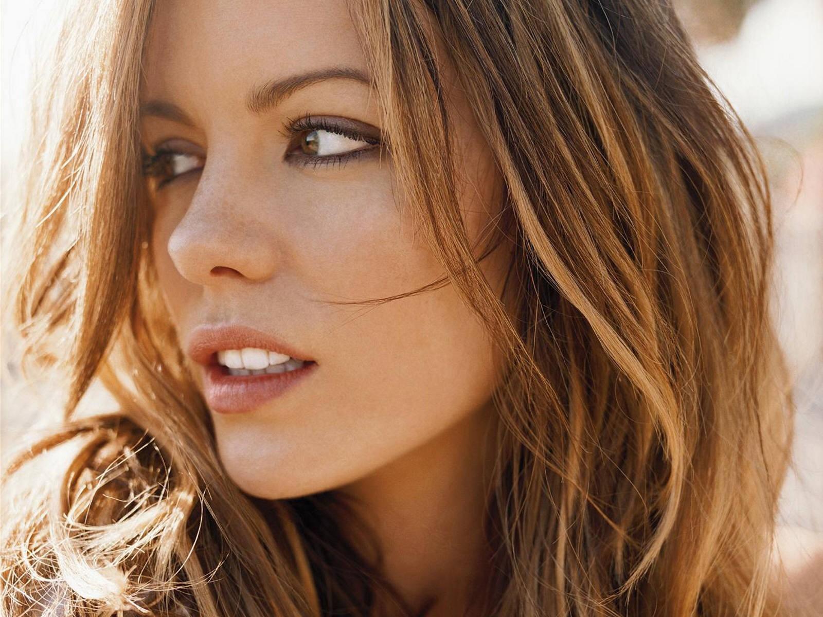 подход фото красивых актрис мира контакте
