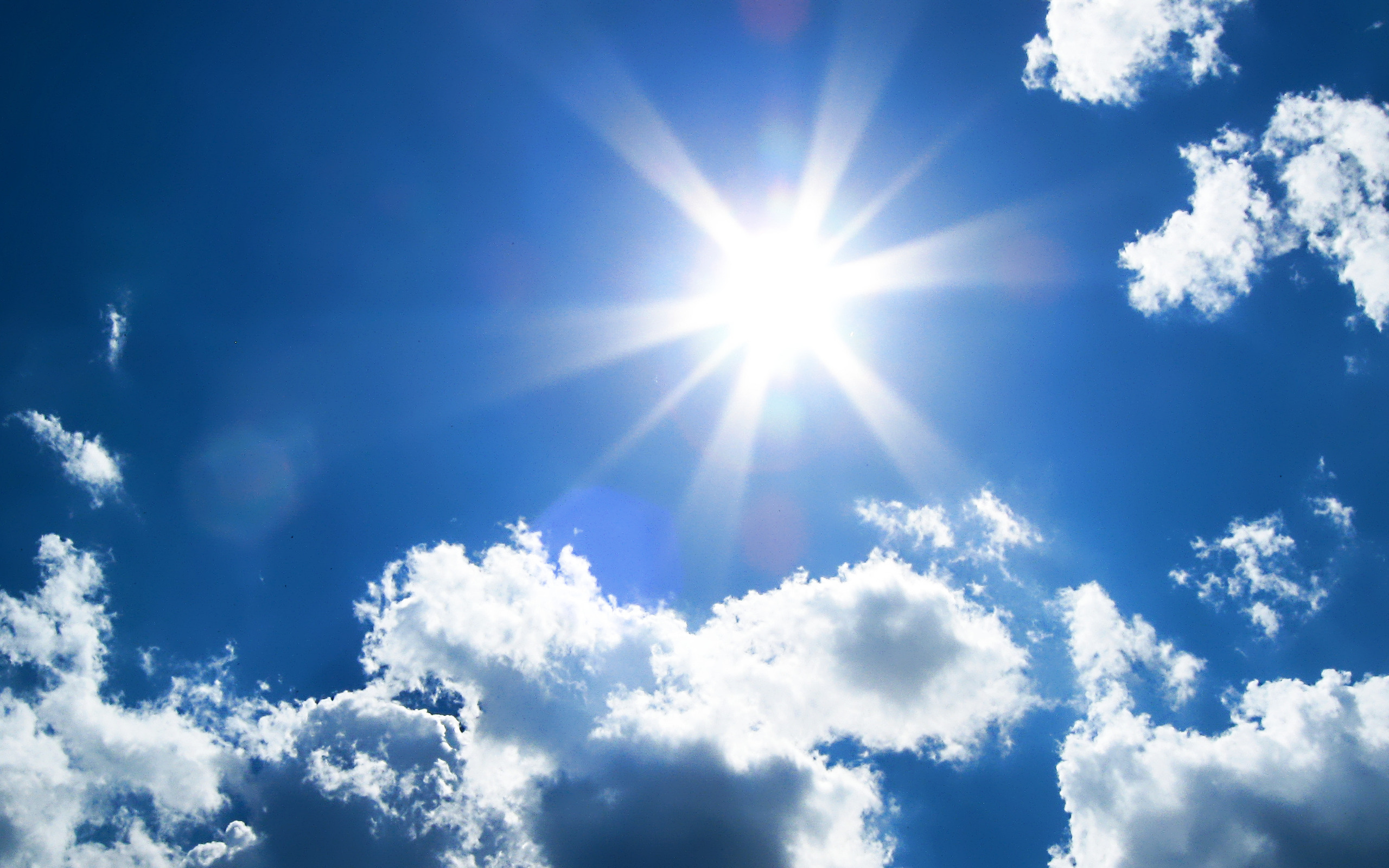 фото небо с облаками и солнцем принадлежности