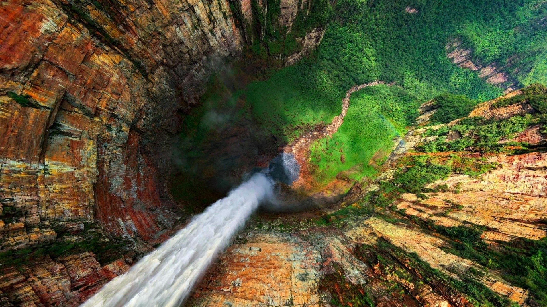 Wallpaper Photo Falls in Venezuela, from a height