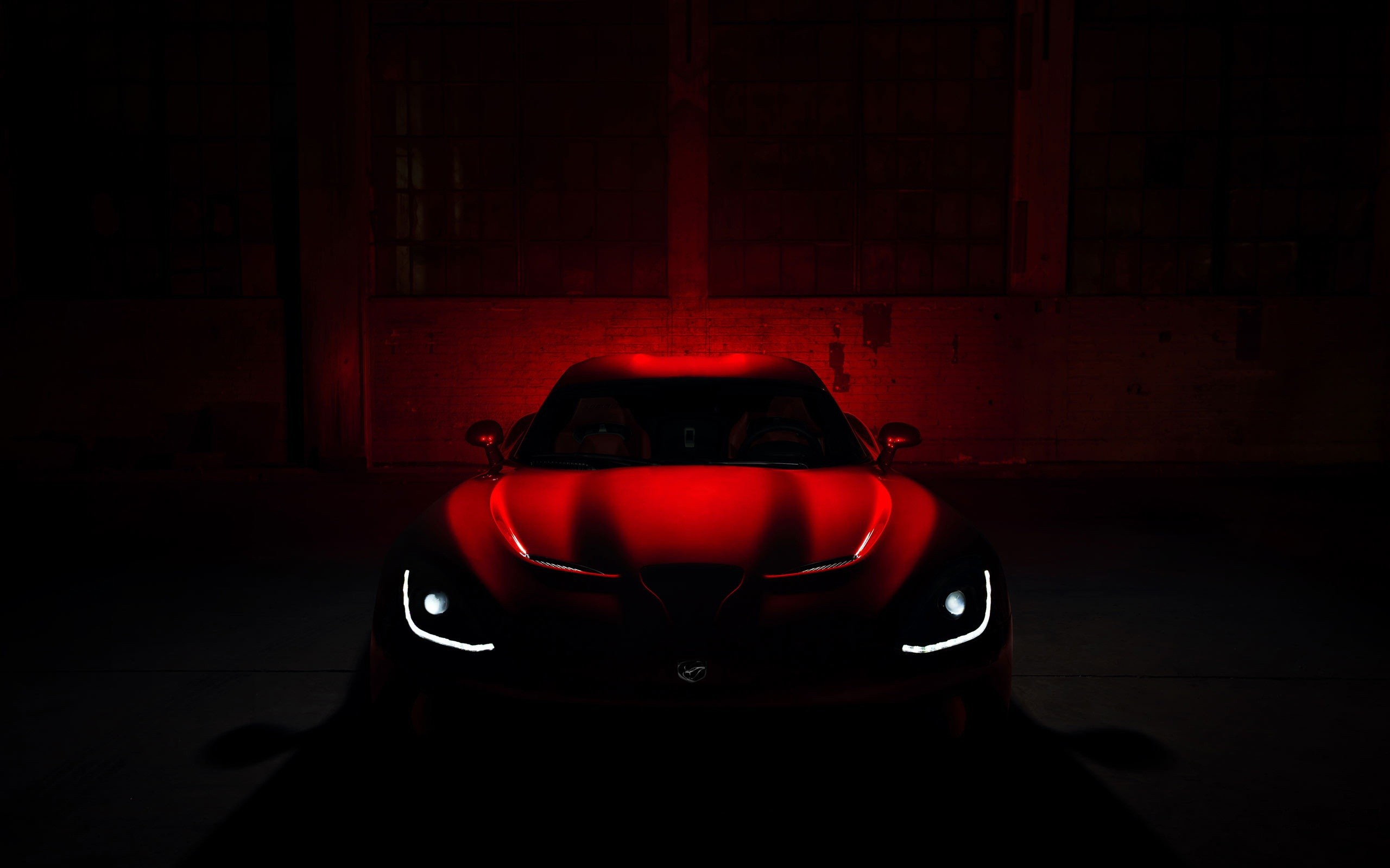 Как фотографировать автомобили в темноте с использованием фонаря