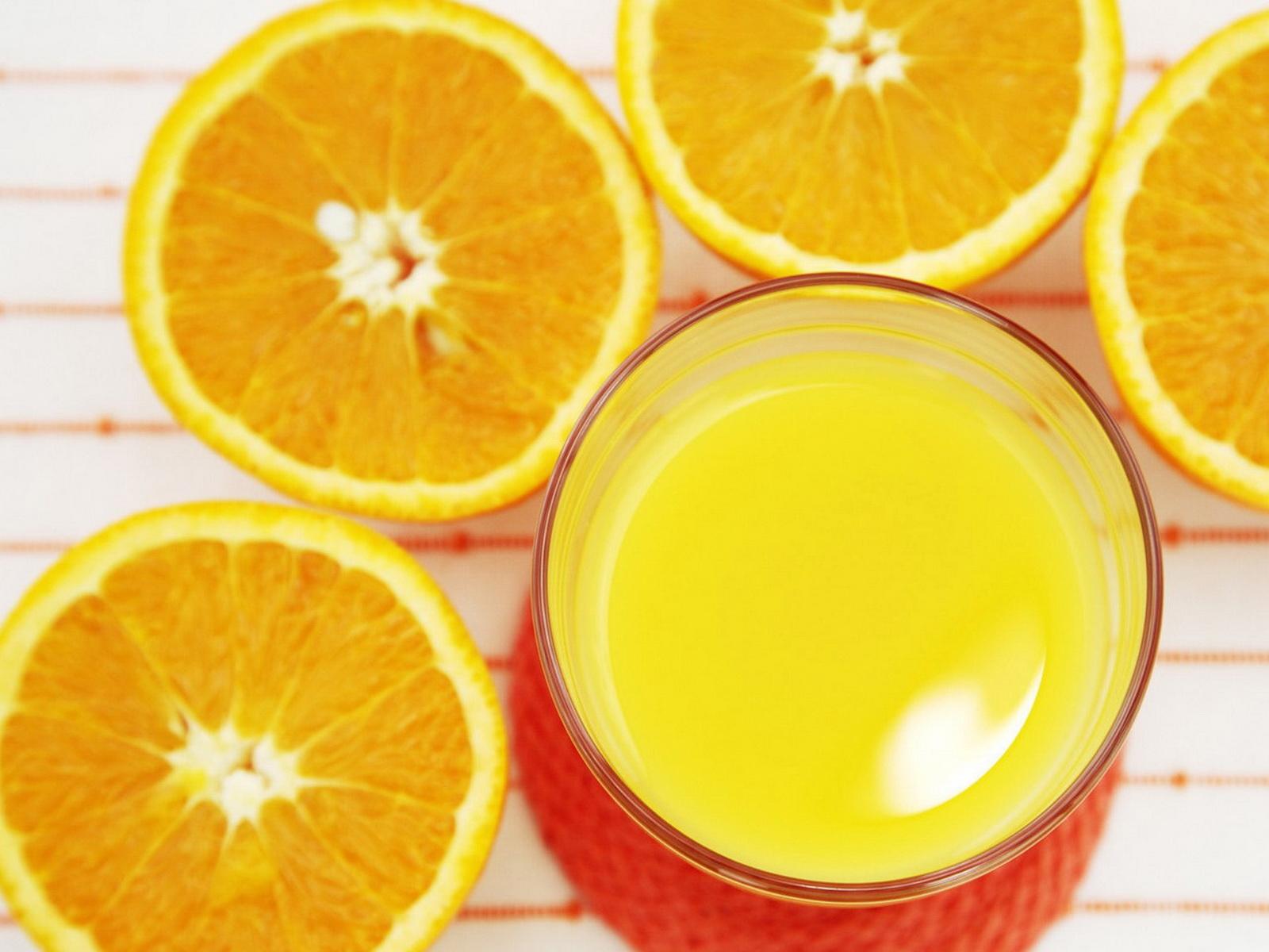 Обои для рабочего стола апельсиновый сок