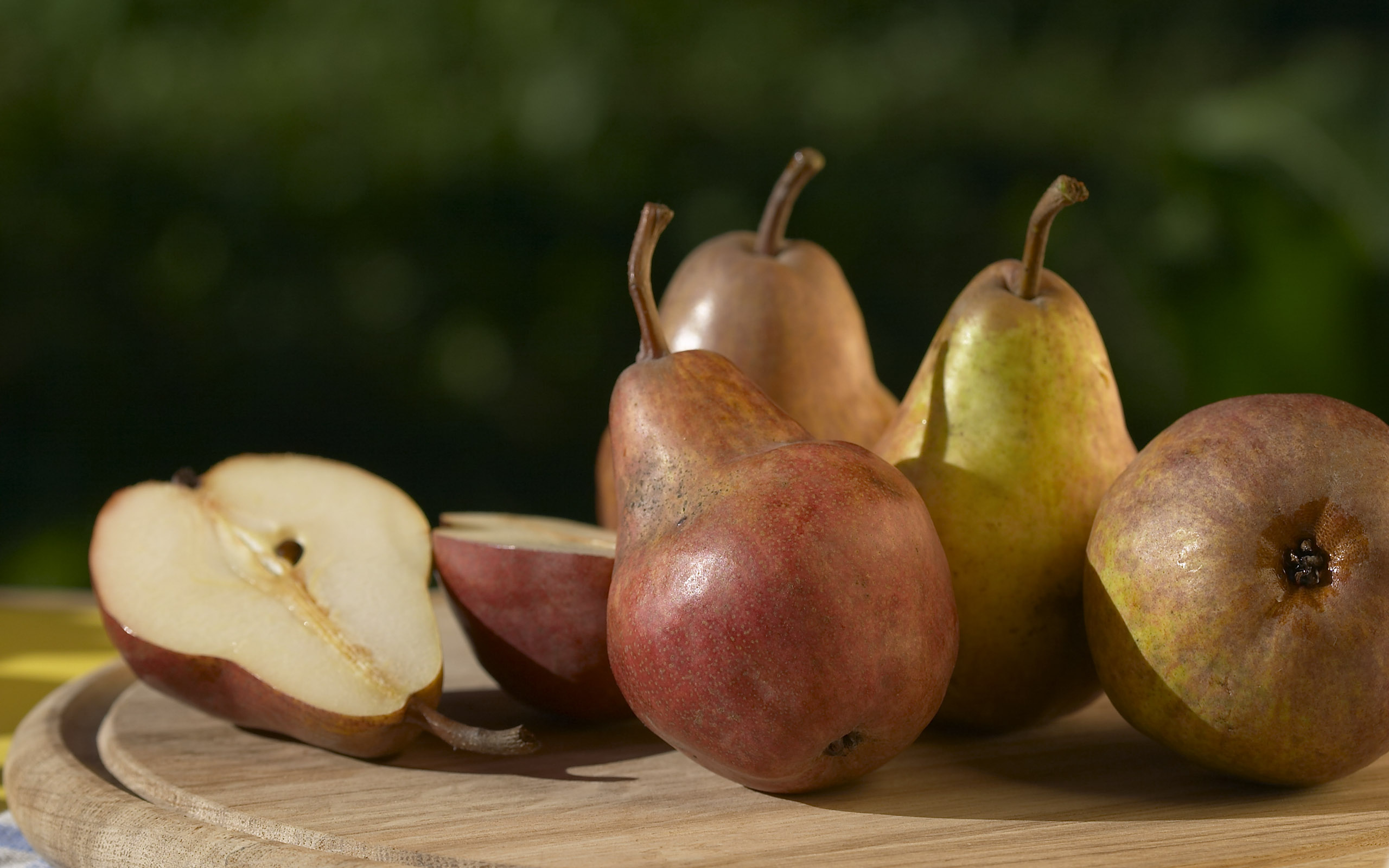 Variety of pears pictures Bradford Pear Tree Semen Sex Smell - Business Insider