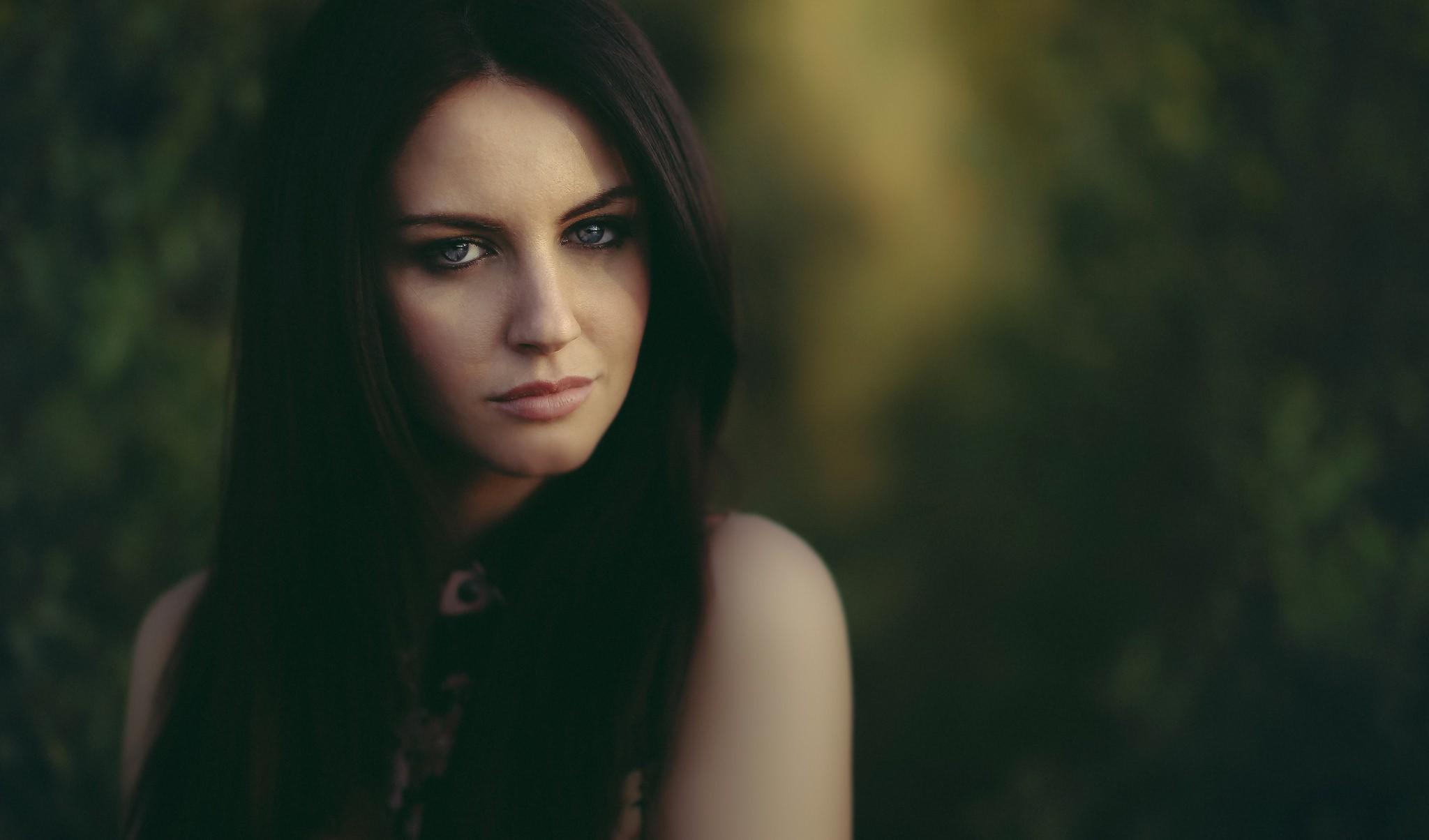 Фото красивых девушек темноволосых Всё