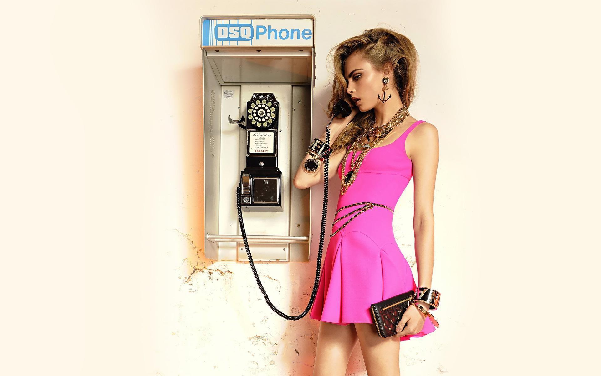 Стильные девушки картинки на телефон