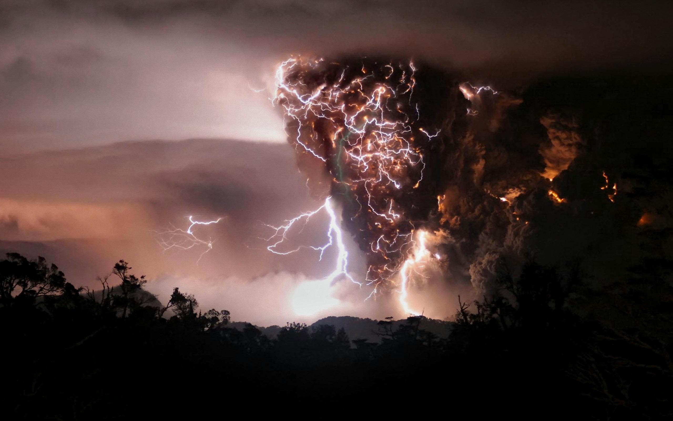 особенностями обладает лик дьявола на вулкане в исландии нельзя