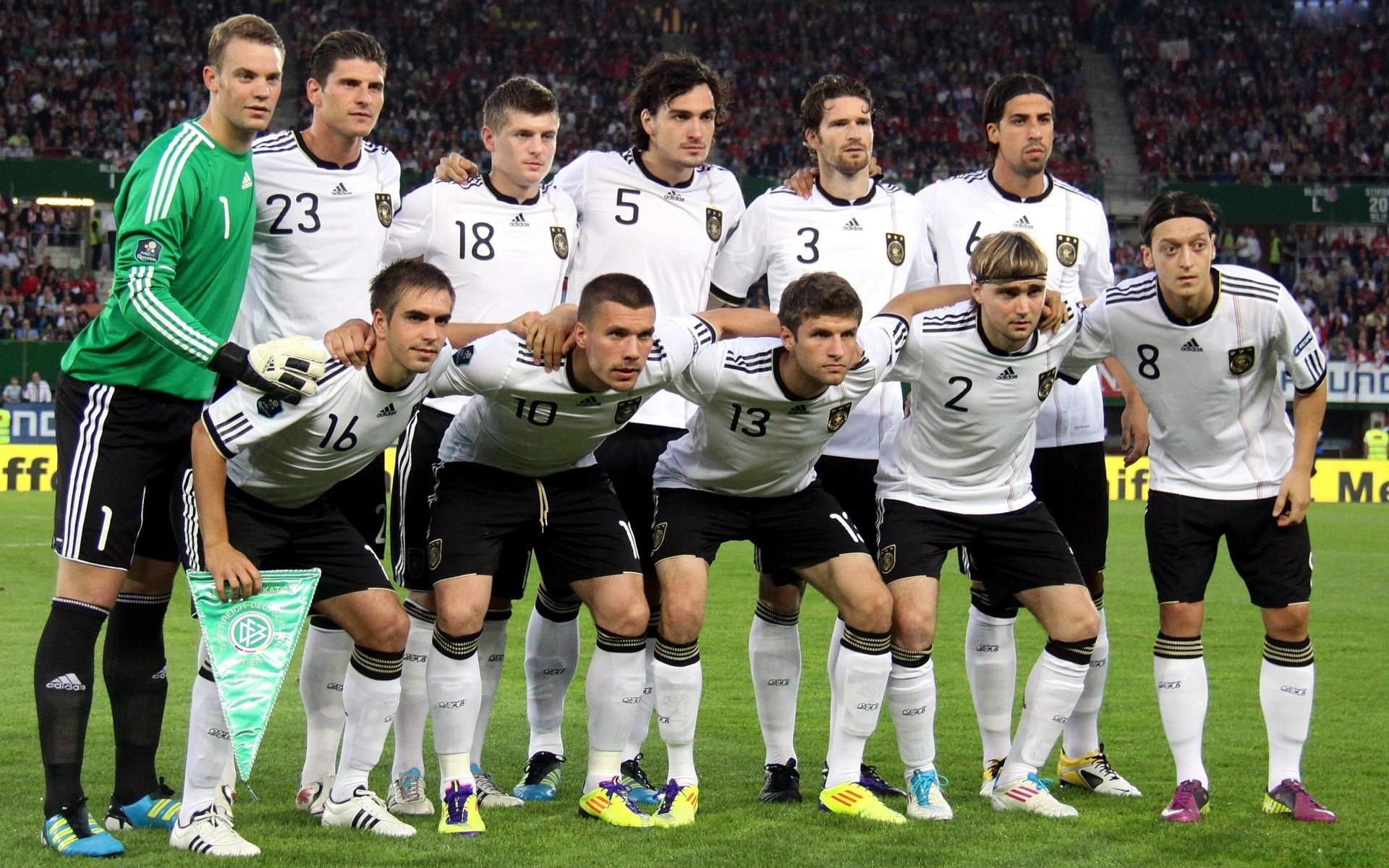 Обои на рабочий стол футбол германия