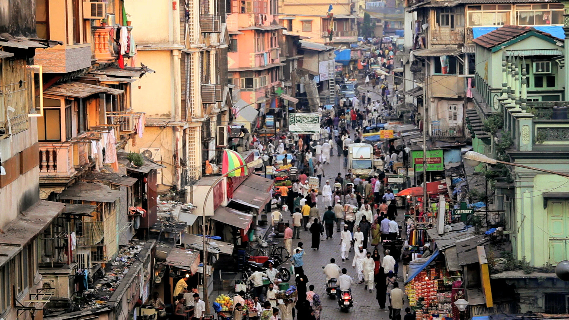 urbanisation in mumbai And while no city in india is prepared to accommodate this growth, mumbai's dense urban environment proves particularly vulnerable to the flood of vehicles.