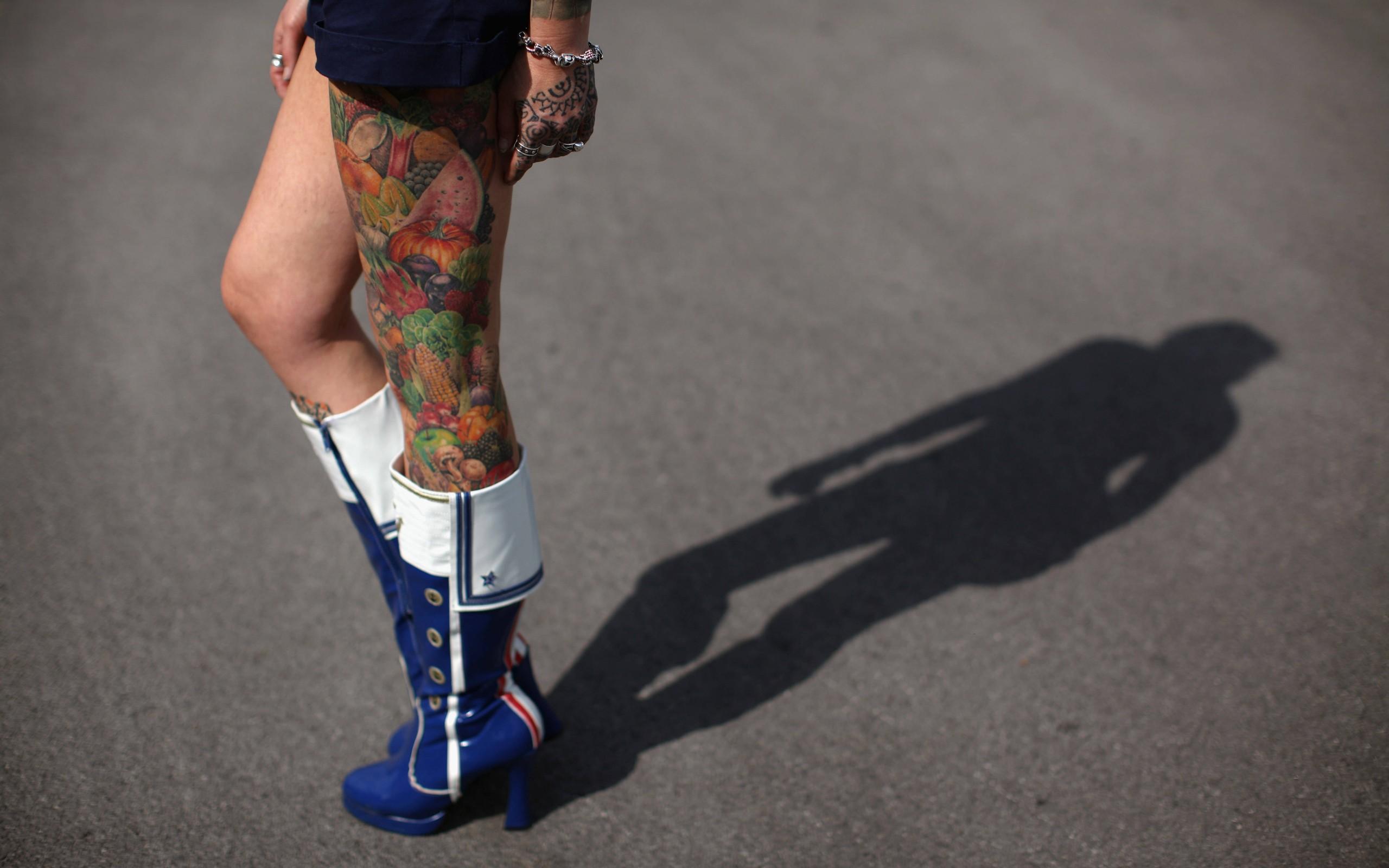 3d татуировки на ноге фото